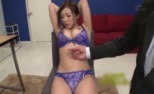 Midori Hatsun model fuck